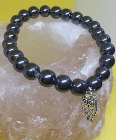 bracelet-hematite-scaled-1.jpg