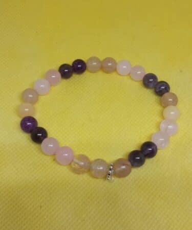 bracelet-maternite-scaled-1.jpg